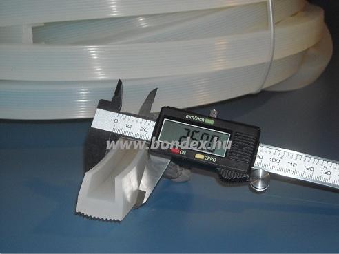 szilikon élvédő profilok 15 mm nút szélességgel