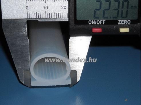 22mm-es ragasztható szilikon omega profil (nyílászáró tömítő)