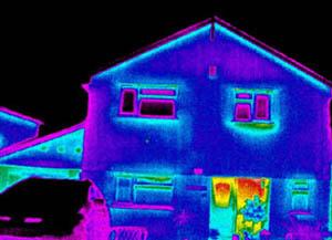 épület hőtérképes fotója